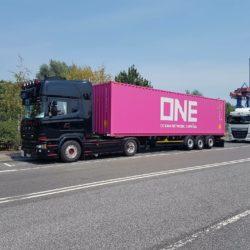 MW TRUCKING - Scania (SE MW 2582)