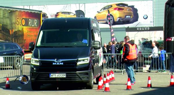 Reportaż Poznań Motor Show 2018 - konkurs Polskiego Trakera 31..