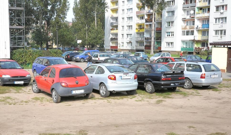Parkowanie na trawniku