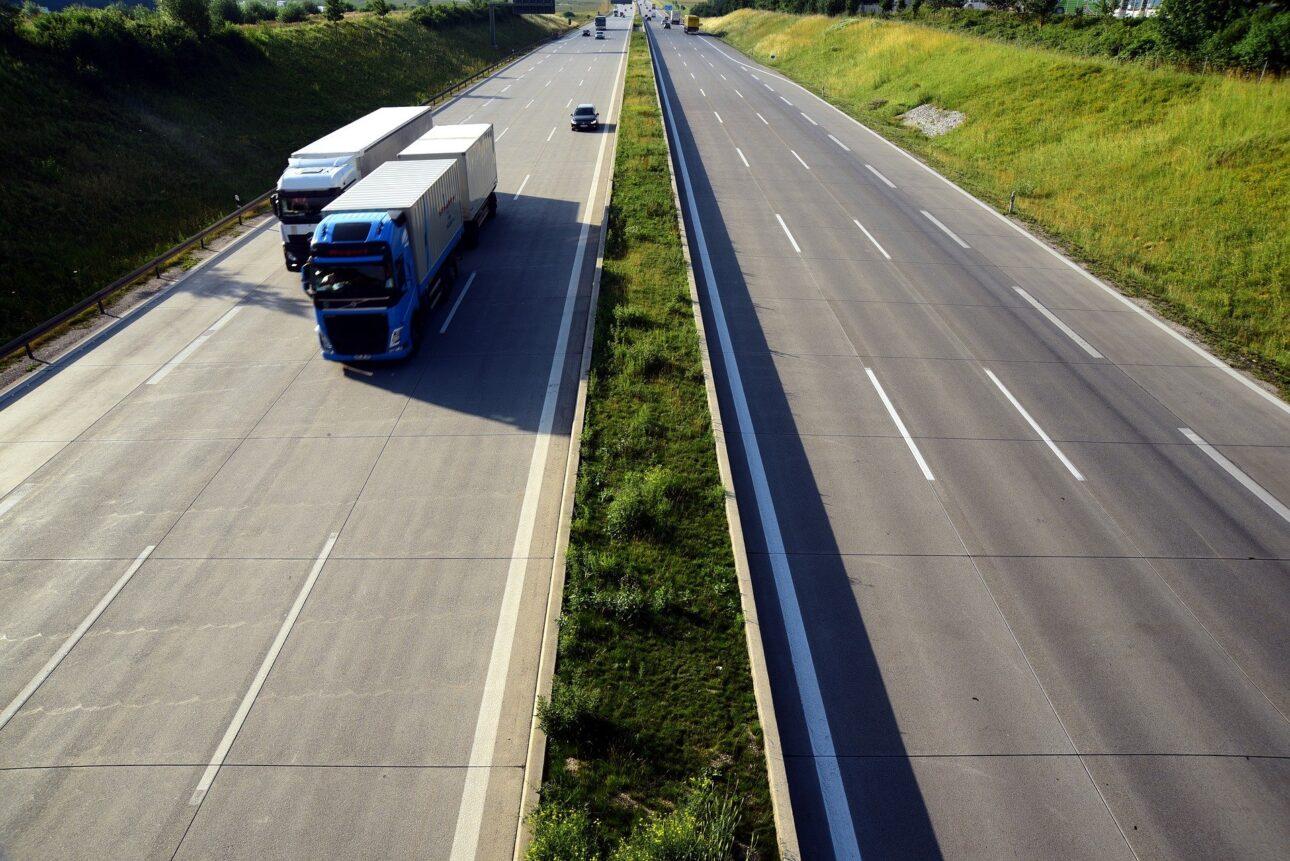 chaos przy zmianie systemu poboru opłat drogowych