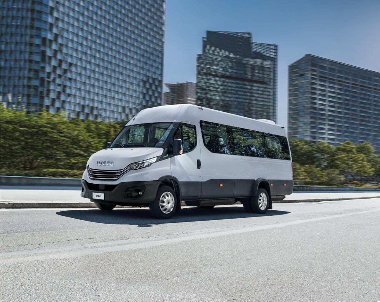IVECO Daily_Minibus