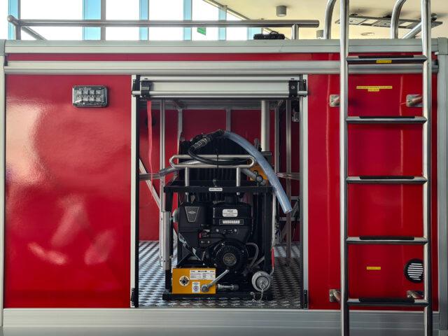 """IVECO Daily w wersji 7‑tonowej nagrodzony tytułem """"samochodu ciężarowego roku"""" w plebiscycie Fleet News Awards 2021"""