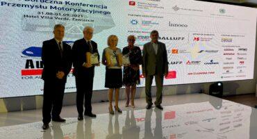 Mercedes-Benz Manufacturing Poland z dwoma nagrodami Polskiej Izby Motoryzacji